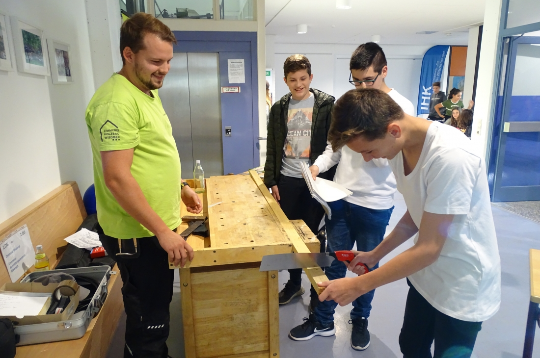 Digitale Berufsinfobörse der Friedrich-Adler-Realschule aus Laupheim