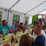 Wo so fleißig geschafft wird, darf auch gefeiert werden: Alljährlich bei unserem Sommerfest mit unseren Mitarbeitern und ihren Familien